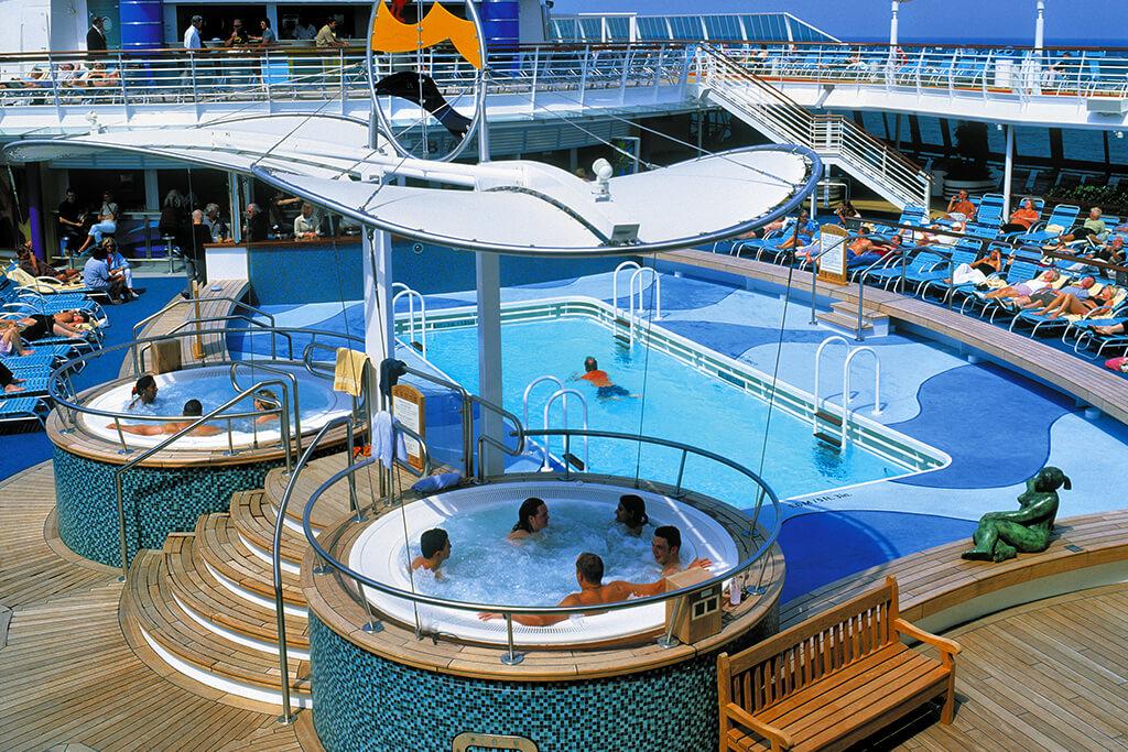 Shipsomnia The Ship - Cruise ship pool table